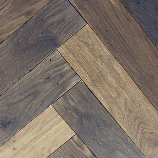 Inga Aged Mixed Brown Vintage Oak Flooring